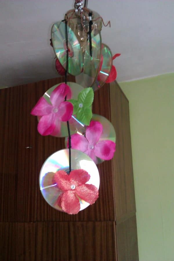 Old Cds Flower Chandelier 2 • Do-It-Yourself Ideas