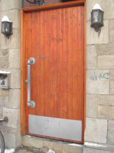 pipe-door-knob