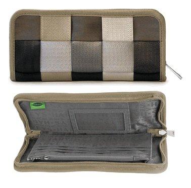 clutch-wallet