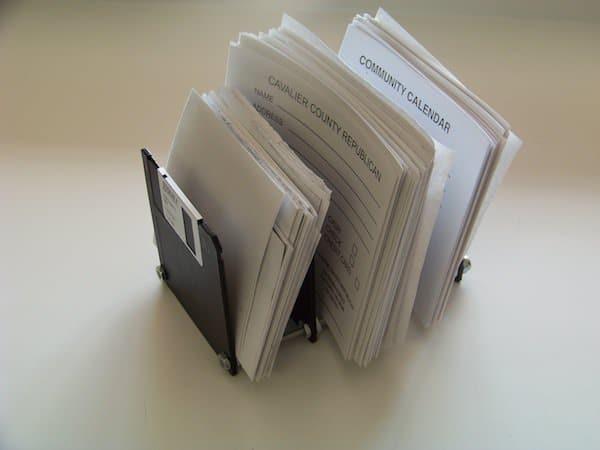 Floppy disk paper holder