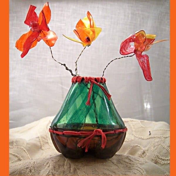noid-orangeflowervase1