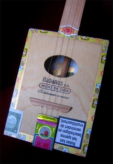 cigar box ukulelele