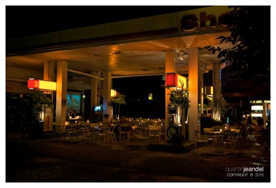 gas-station-restaurant2