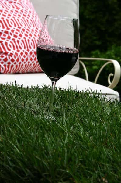 Grass Table 3 • Do-It-Yourself Ideas