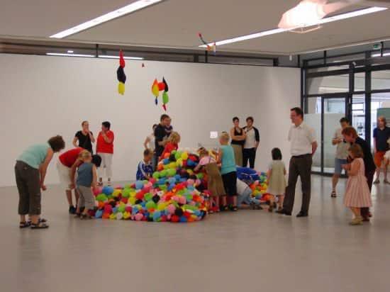 Balloon Tank 4 • Interactive, Happening & Street Art