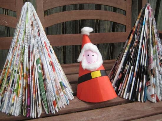 Diy: Magazine Christmas Tree 1 • Do-It-Yourself Ideas