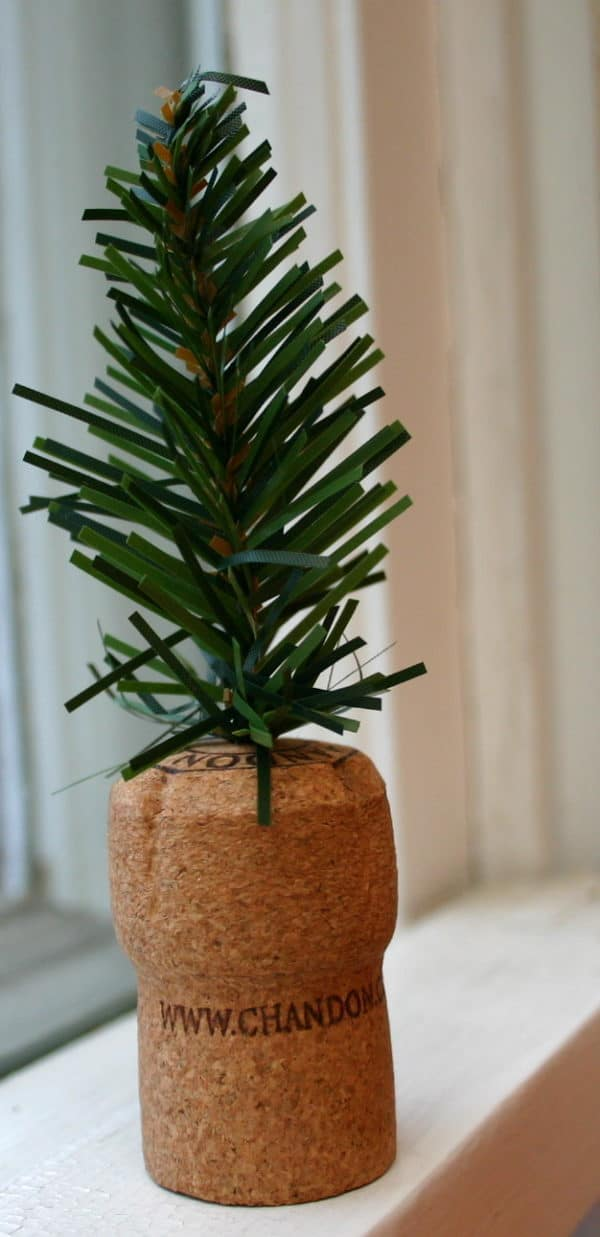 Diy: Tiny Trees From Upcycled Corks 17 • Do-It-Yourself Ideas
