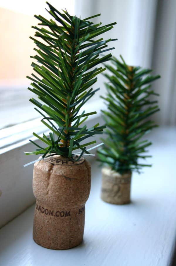 Diy: Tiny Trees From Upcycled Corks 9 • Do-It-Yourself Ideas