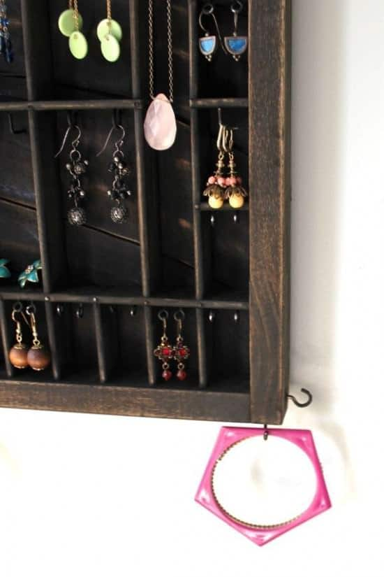 Drawer --> Jewelry Display 2 • Accessories
