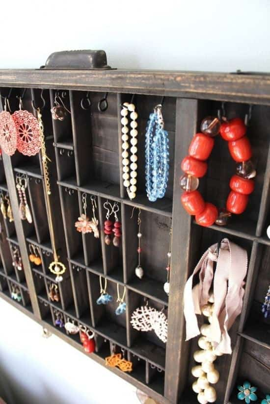 Drawer --> Jewelry Display 3 • Accessories