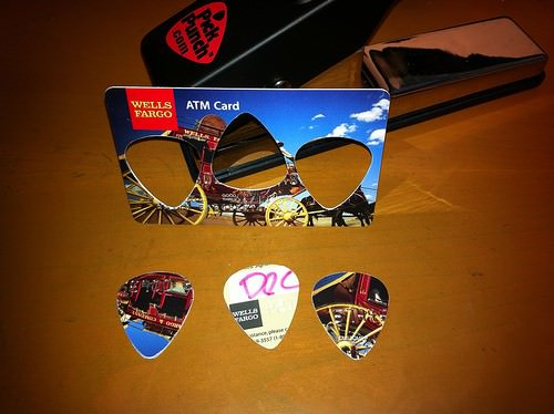 Any Plastic Card Into Guitar Picks 1 • Accessories