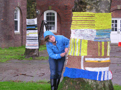 Knit For Trees ! 1 • Interactive, Happening & Street Art