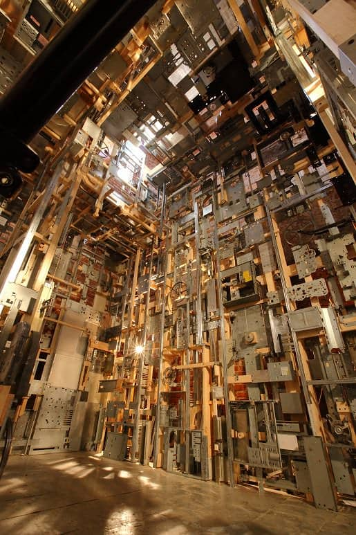 Spectacular Dead Computers Room Installation ! 5 • Recycled Art