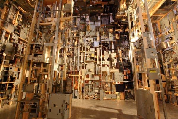 Spectacular Dead Computers Room Installation ! 2 • Recycled Art
