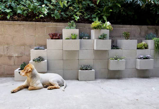 Diy: Modern Planter From Upcycled Cinder Blocks 3 • Do-It-Yourself Ideas