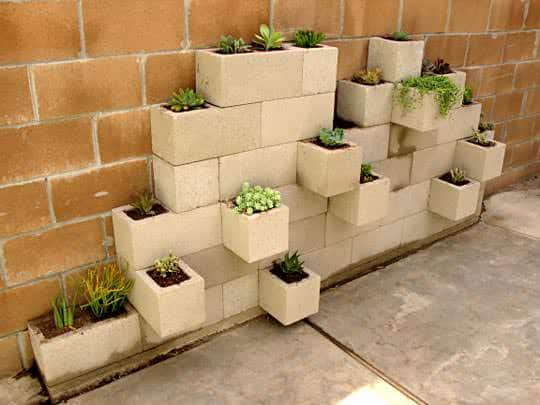 Diy: Modern Planter From Upcycled Cinder Blocks 1 • Do-It-Yourself Ideas