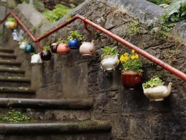 Teapots Flowers 1 • Do-It-Yourself Ideas