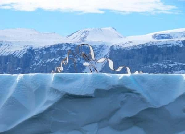 Haunting Sculptures Shaped Like Inuit Dog Sleds Call Attention to Climate Change 2 • Interactive, Happening & Street Art