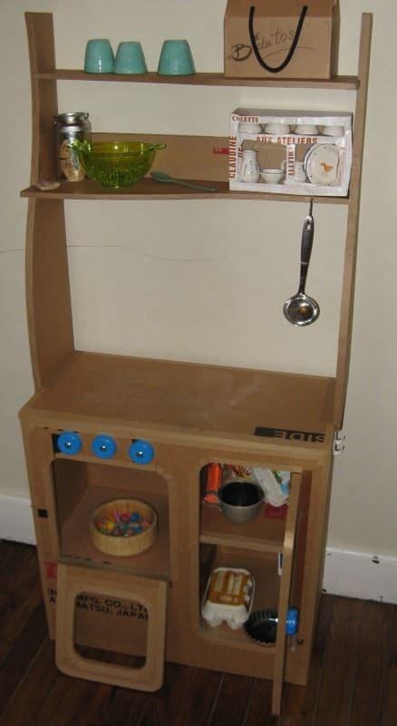 cuisinière-enfant-carton1