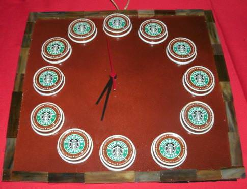 starbucks-clock