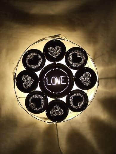Love-Wall-lamp-1
