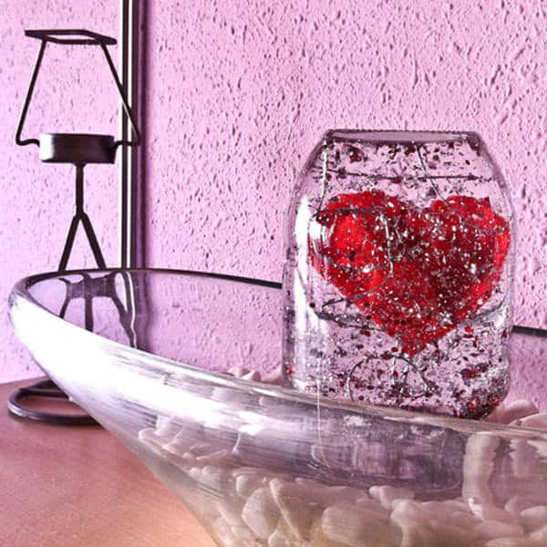 Valentine's Snow Globe 1 • Do-It-Yourself Ideas