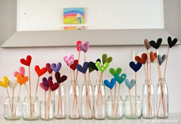 Valentine's Day Ideas from Recycled Materials 3 • Do-It-Yourself Ideas