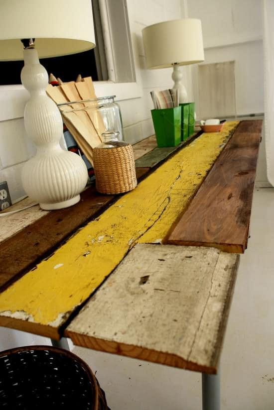 Diy : Table from Reclaimed Wood 1 • Do-It-Yourself Ideas