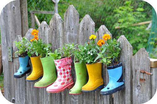 Garden Boots 1 • Do-It-Yourself Ideas