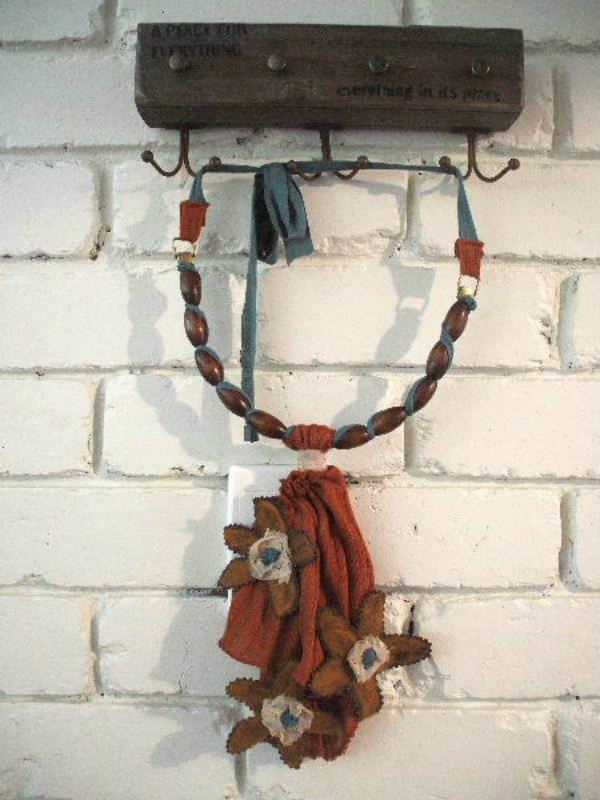 Sunshine Sue's Surprise Necklace Accessories Clothing