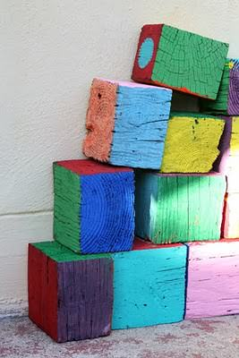 Diy: Giant Wooden Blocks 1 • Do-It-Yourself Ideas