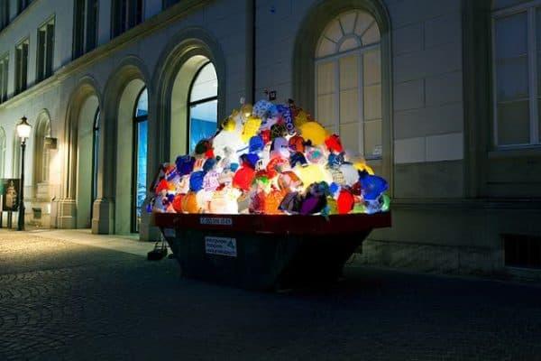 Illuminated Garbage Bags 3 • Interactive, Happening & Street Art