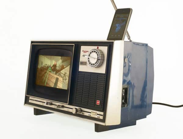 old-tv02