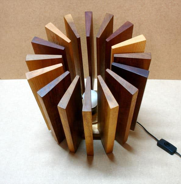 recycled_lamp_wood_2