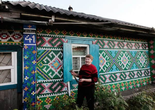 House Made Of 30,000 Recycled Plastic Bottle Caps 3 • Home Improvement