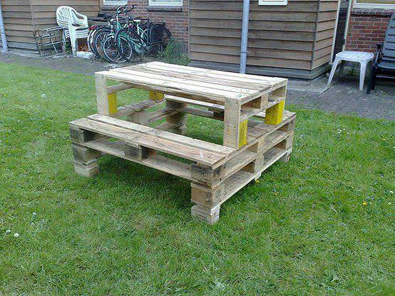 Camping Table from Pallets 1 • Recycled Pallets