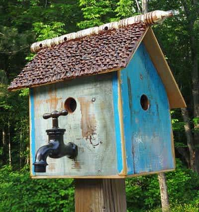 Recycled Bird House 1 • Do-It-Yourself Ideas