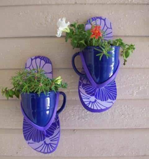 Thongs Planters 1 • Accessories