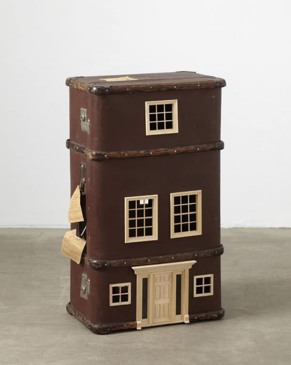 Suitcases Turned into Miniature Homes 2 • Accessories