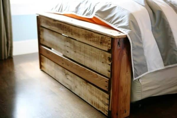 Boys Bedroom from Pallets 3 • Do-It-Yourself Ideas