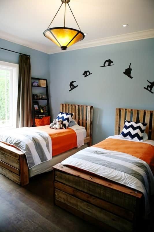Boys Bedroom from Pallets 7 • Do-It-Yourself Ideas