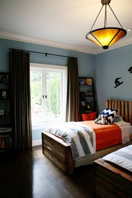 Boys Bedroom from Pallets 5 • Do-It-Yourself Ideas