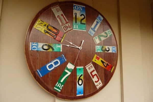 clock-left2-600-pix