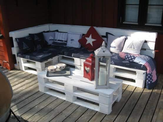 Make an Outdoor Pallet Sofa 1 • Recycled Pallets