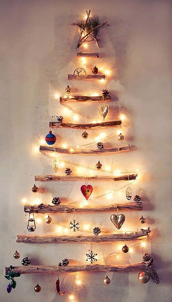 Simple Wood Branches Christmas Tree 1 • Do-It-Yourself Ideas