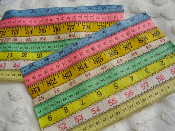 Tape Measure Pouch Tutorial 3 • Accessories