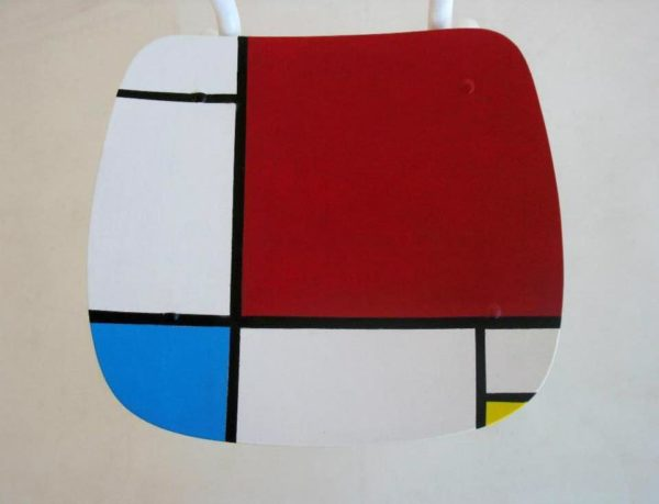 recycled_chair_Mondrian_2