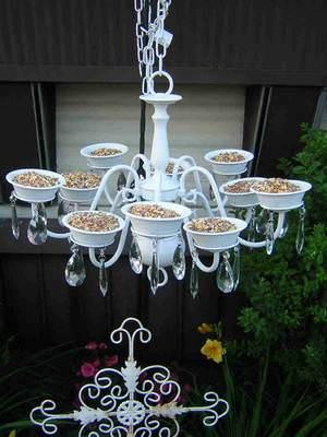 bird-feeder-chandelier