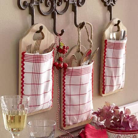 kitchen-recycled-hanger