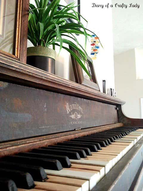 Piano Wall Shelf 2 • Recycled Furniture